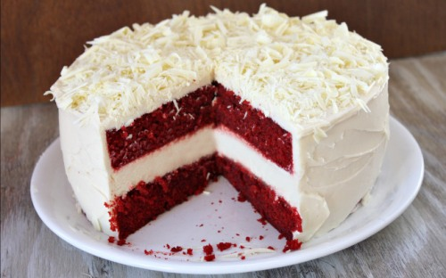 Red-Velvet-Cheesecake-Cake